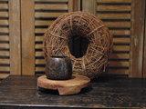"""Oude Nepalese houten bakje """"J"""", 10,5cm"""