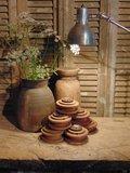 Stoere houten spoel kandelaar