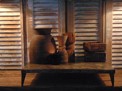 oud Nepalees metalen Bajot tafeltje