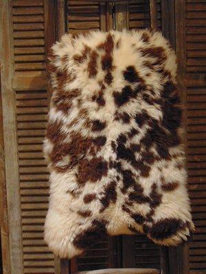 Stoere bonte schapenvacht