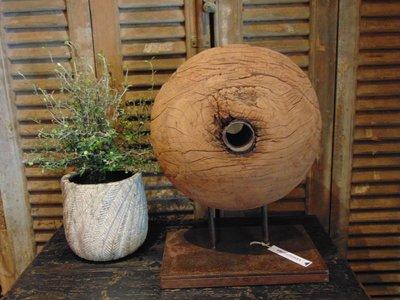 Nepalees houten wiel op standaard