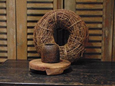 Oude Nepalese houten bakje M