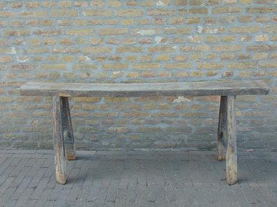 """Sober oud Chinees houten bankje """"A"""""""