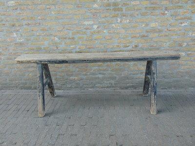 """Sober oud Chinees houten bankje """"B"""""""