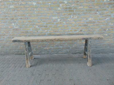"""Sober oud Chinees houten bankje """"C"""""""