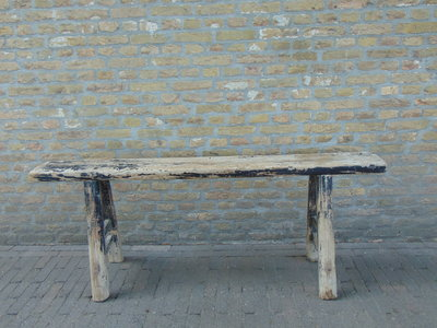 """Sober oud Chinees houten bankje """"D"""""""
